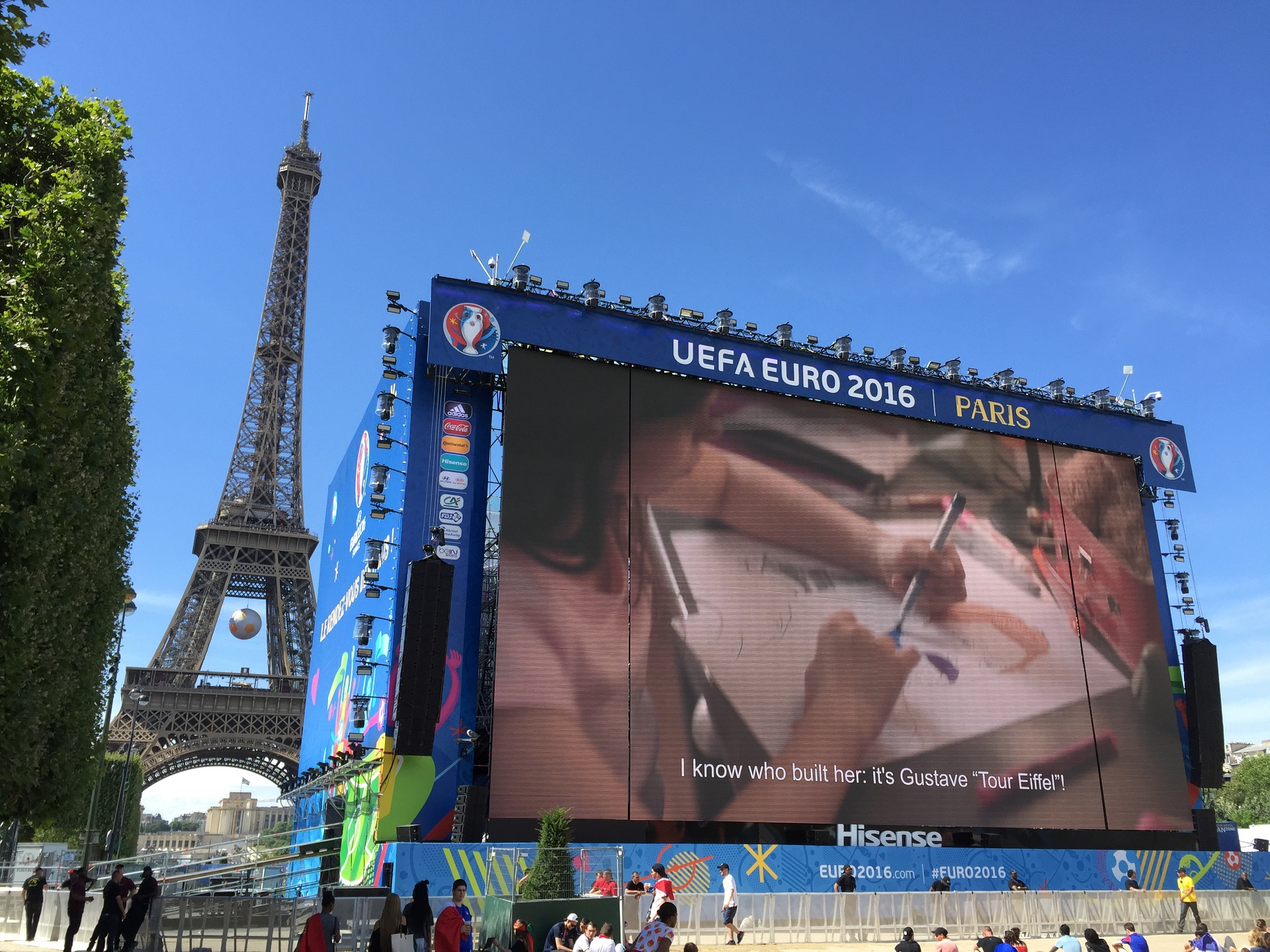 EURO 2016 472m2 LED screen Paris